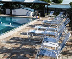 Chairs & loungers Poolside